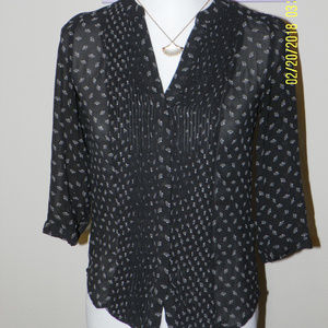 H&M Black Chiffon 3/4 Sleeve Pleated Front Blouse